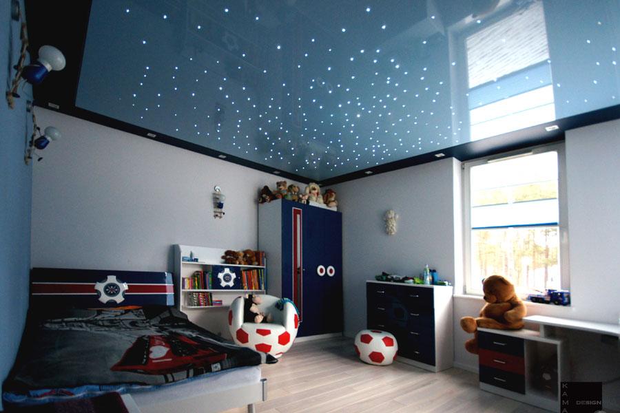 Потолок Звездное небо в интерьере детской комнаты