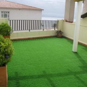 искусственный газон для дачи фото