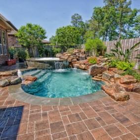 бассейн в саду на даче идеи дизайна