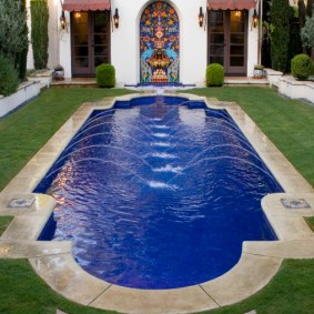 бассейн в саду на даче фото оформления