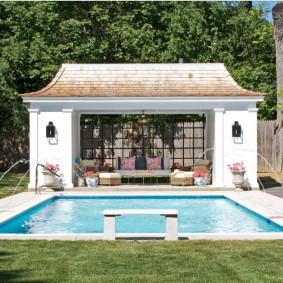 бассейн в саду на даче варианты фото