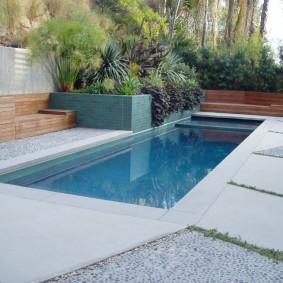 бассейн в саду на даче фото виды