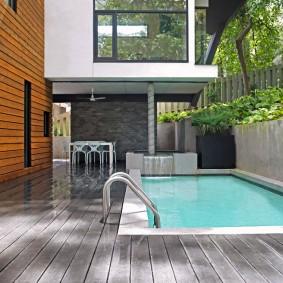 бассейн в саду на даче варианты дизайна
