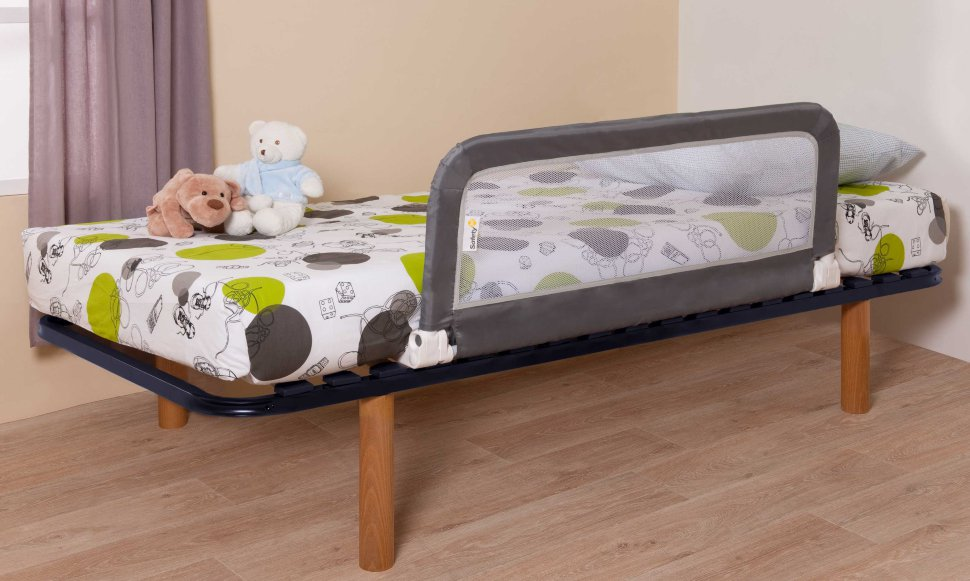 бортик из сетки для кровати
