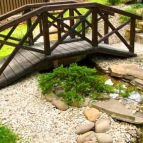 декоративный мостик для дачи декор