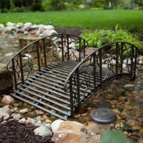 декоративный мостик для дачи идеи декор
