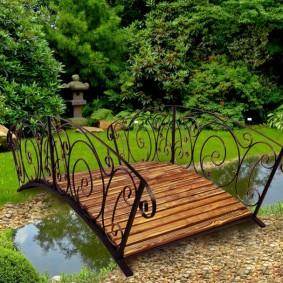 декоративный мостик для дачи идеи оформление