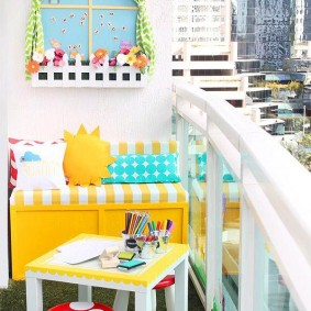 детская комната на балконе фото оформление