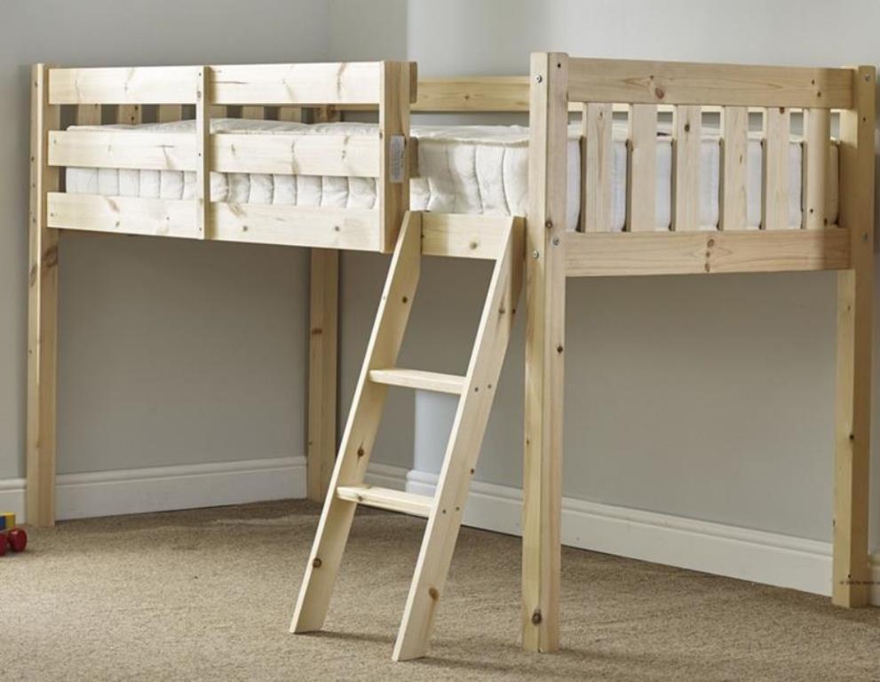 детская кровать чердак из массива дерева