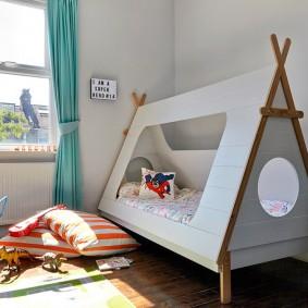 детская кровать домик декор