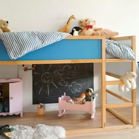 детская кровать из массива дерева виды оформления