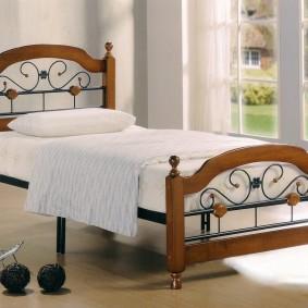 детская кровать из массива дерева фото декор