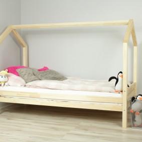 детская кровать из массива дерева идеи декор