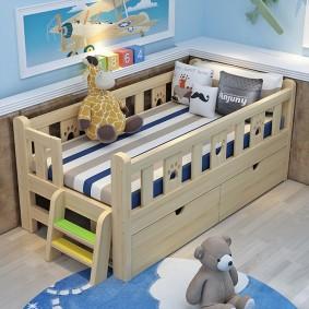 детская кровать из массива дерева интерьер