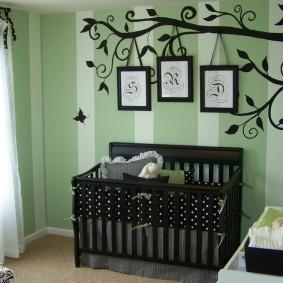 детская кровать из массива дерева оформление