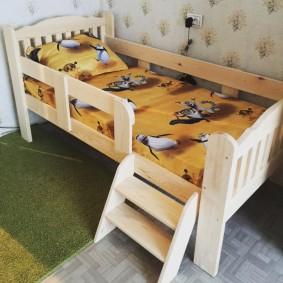 детская кровать из массива дерева фото оформление