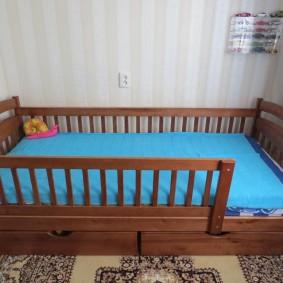 детская кровать из массива дерева дизайн