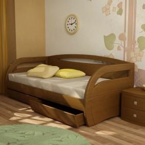 детская кровать из массива дерева дизайн фото