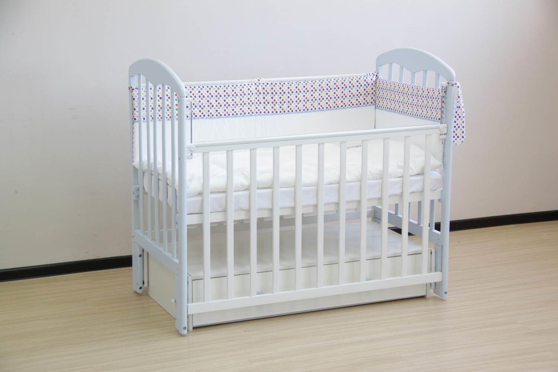 детская кроватка из пластика