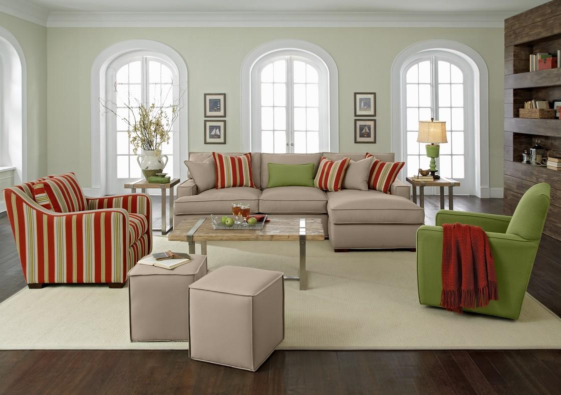 диван и кресла в гостиную