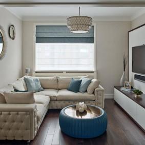 диван у окна в гостиной идеи виды