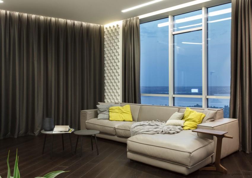 диван у окна в гостиной идеи фото