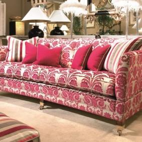 диван в классическом стиле оформление фото