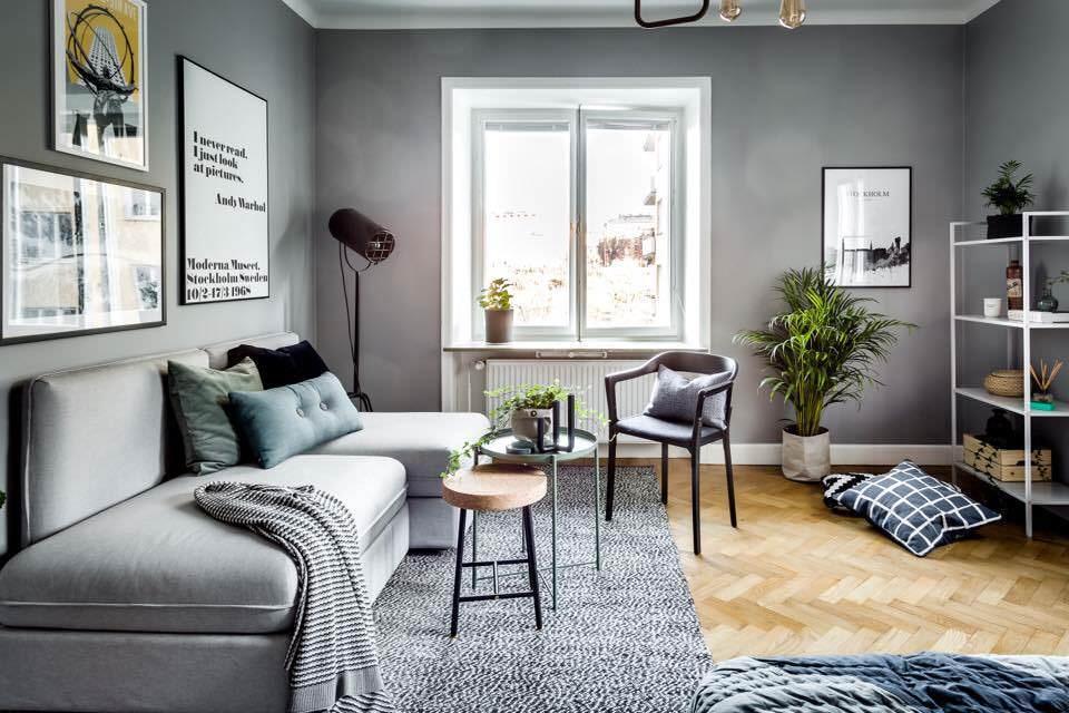 Меблировка гостиной комнаты квадратной формы