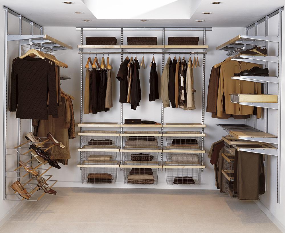 дизайн потолка в гардеробной