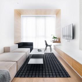 Ламинированный пол в прямоугольной гостиной