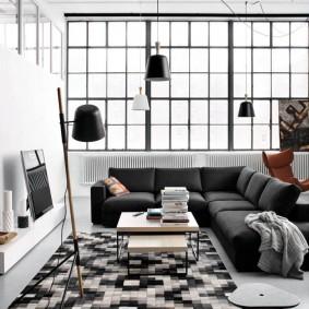 Черный диван для большой семьи