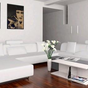 Картина в интерьере гостиной стиля хай-тек