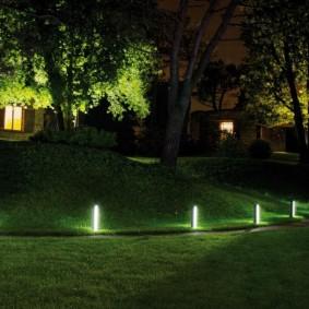 Ночная подсветка садового участка