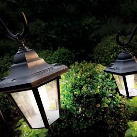 Садовый фонарик в стиле ретро