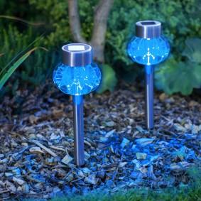 Садовые фонарики в современном стиле