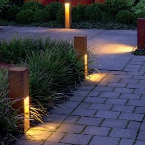 Садовые фонарики в стиле хай тек