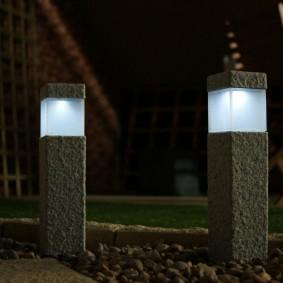 Стильные фонарики для современного сада