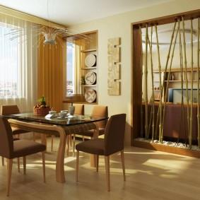 Декоративная перегородка из бамбука в интерьере квартиры
