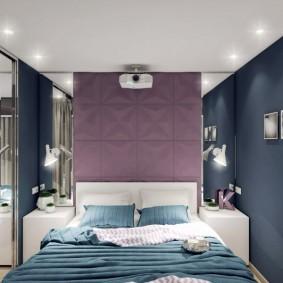 Узкая спальня с белым потолком