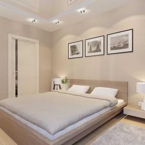 Декор картинами стены над изголовьем кровати