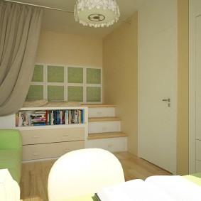 Подиум в детской комнате четырехкомнатной квартиры