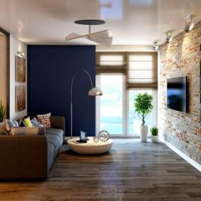 Глянцевый потолок в гостевой комнате