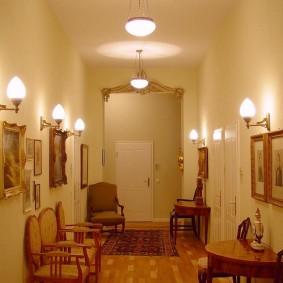 Настенные светильники со стеклянными плафонами
