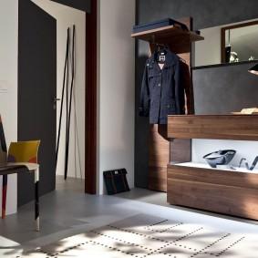 Стильная мебель в современную прихожую
