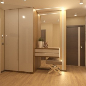 Освещение прихожей комнаты в светлых тонах