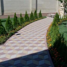 Садовая дорожка с 3d плиткой ромбовидной формы