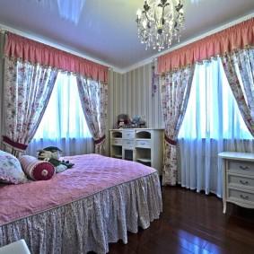 Модная спальня для молодой девушки