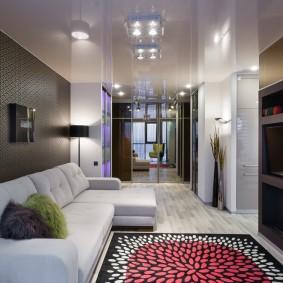 Стильная комната с натяжным потолком