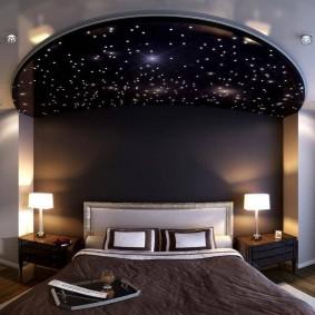 Потолок звездное небо в спальной комнате