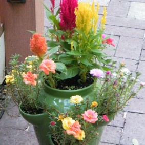 Керамический горшок для садовых цветов